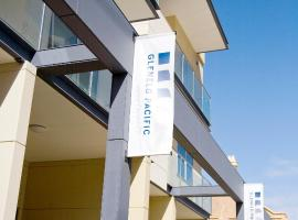 Hotel Photo: Glenelg Pacific Apartments