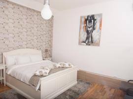 Studio U - RedBed Self-Catering Apartments Bucharest Romania