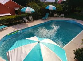 Hotel near Bermuda: Robins Nest Guest Apartments