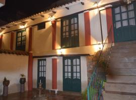 Hotel Photo: Casa Solariega Hostal B&B