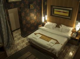 Hotel photo: Royal Suites Hotel