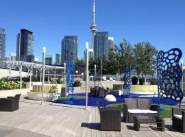 Toronto Vacation Home Rentals - Luxury CN Tower & Lake View Condo Toronto Canada