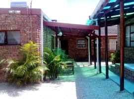 Hotel near Uitenhage: Rainbow Guest House and Tours