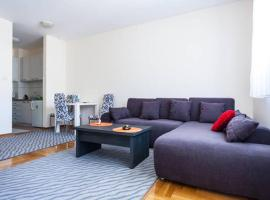 Hotel near Podgorica airport : Cosy Apartment