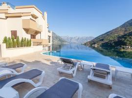 A picture of the hotel: Sunshine of Montenegro Apartments