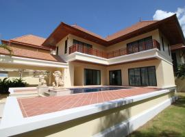 Bang Saray Pool Villa by Pattaya Sunny Rentals Bang Sare Thailand