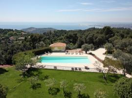 Hotel Photo: Villa in Villefranche Sur Mer II