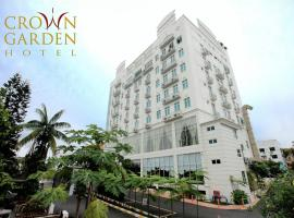 Hotel Photo: Crown Garden Hotel
