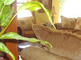 Hotel Photo: Yoli's Bed & Breakfast
