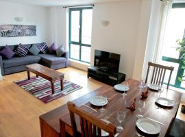 Hotel Photo: Club Living - Tower Hill Apartments