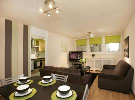 Hotel Photo: Victoria Centre Apartments & Annexe
