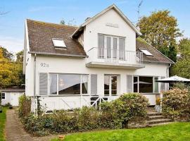 Hotel Photo: Three-Bedroom Holiday home in Helsingør