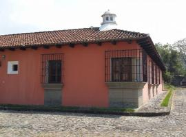 Hotel near Amatitlán: Casa La Escondida