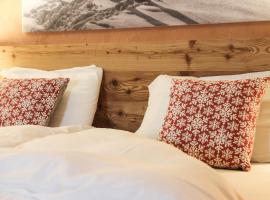 Hotel Photo: Malga Millegrobbe Nordic Resort