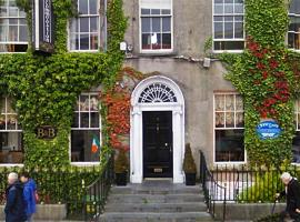 Hotel photo: Finnegans Hostel and B&B Accommodation