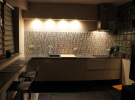 Hotel near Dilbeek: J and R Brussels City Apartment
