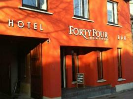 Hotel photo: Forty Four Main Street