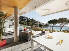 Hotel Photo: Vista Roses Mar - Canyelles Petites Platja
