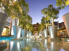 Hotel Photo: African Pride Melrose Arch Hotel