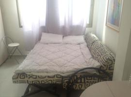 Hotel near H̱olon: Bat Yam Apartment