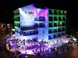 Hotel Photo: One To One Hotel – Dhour Choueir