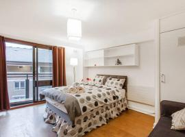 Hotel photo: Three Bedroom Apartment in Covent Garden