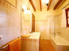 Hotel near Maiorca: Finca Can Rossinyol