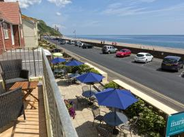 Hotel Photo: Mariners Beachside B&B