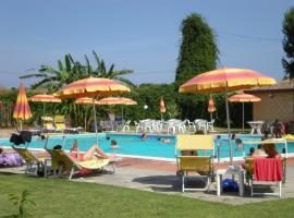 Hotel Photo: Villaggio Artemide