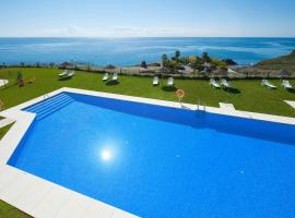 Hotel Photo: Olée Nerja Holiday Rentals by Fuerte Group