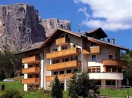 Hotel Photo: Pensione Sellablick