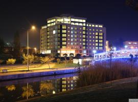 Hotel photo: Parion Hotel