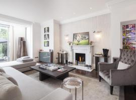 Hotel Photo: onefinestay - Putney private homes