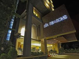 A picture of the hotel: Six Seasons Hotel