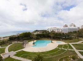 Hotel Photo: Feels Like Home Large Cascais Flat with Green Terrace / Pool