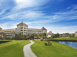 Hilton Pyramids Golf Resort 6th Of October Єгипет