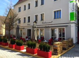 Hotel Photo: Hezelhof's Radl-Hotel