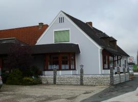 Hotel Photo: Gasthof Pension B70