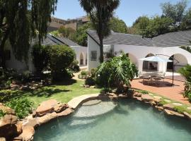 A picture of the hotel: Kloofview Guesthouse CC
