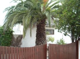 Lowry Cole Avenue, Self Catering Bloubergstrand South Africa