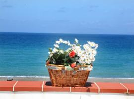 Hotel Photo: Vacanze al Mare Patrizia's Sweet Home