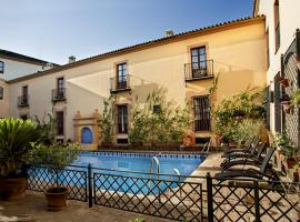 Hotel Photo: Alcázar de la Reina