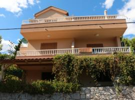 Apartments Luka Stari Grad Croatia