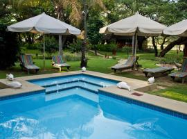 Hotel Photo: Gondwana Hakusembe River Lodge