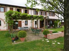 Hotel Photo: Bed & Breakfast La Ghiandaia