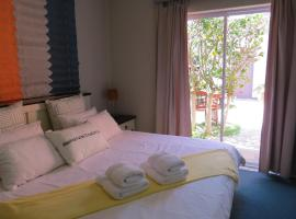 Hotel Photo: Ocean Walk House and Apartment - Self Catering