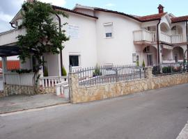 Hotel photo: Apartments Gavric