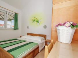 Hotel Photo: Sea Side Apartment Moretti