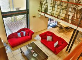 Hotel Photo: Lofts Duplex et Triplex Vieux Port Cannes