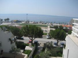 Hotel Photo: Studio seaside apartment Amfora
